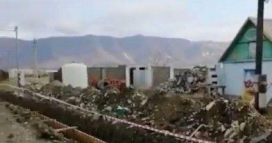 Власти Геленджика обещают остановить застройку берега после недовольства жителей курорта