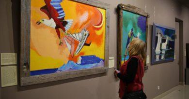 В музее Геленджика открылась выставка картин Федора Конюхова